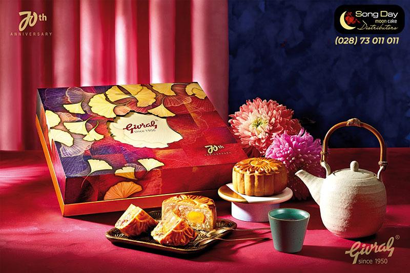 Mẫu hộp Bánh trung thu Givral 4 bánh 1